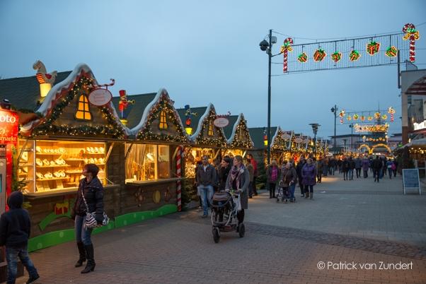 DE-oberhausen-kerstmarkt-blue